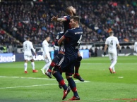 Highlights: Frankfurt 0-1 Bayern (Vòng 15 Bundesliga)