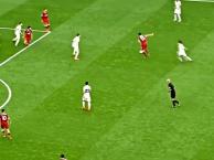 Vì sao Liverpool cần giữ Emre Can bằng mọi giá?