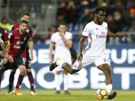 Highlights: Cagliari 1-2 AC Milan (Vòng 21 Serie A)