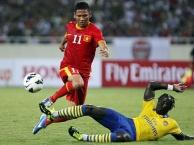 Arsenal tới Việt Nam giao hữu năm 2013