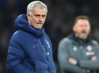 Mourinho: Một tuần khó khăn với chúng tôi