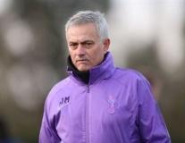 Chưa đấu, CĐV Man Utd đã 'chào thua' Mourinho