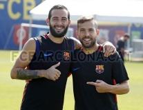Nụ cười trở lại trên gương mặt các cầu thủ Barca