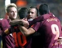 Song sát lên tiếng, Barca vững vàng ngôi đầu