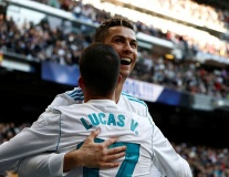 Ronaldo lập cú đúp, Los Blancos nối dài mạch thắng