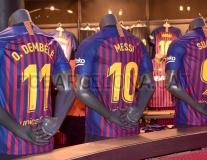Áo đấu được bày bán, Barca đập tan tin đồn bán Dembele
