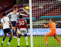 David Moyes đưa West Ham tiến sát top 4