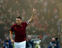 23 bàn thắng trong 23 mùa giải của Totti