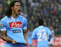 Edinson Cavani thời còn tung hoành Serie A