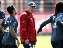 Ancelotti phấn khích khi học trò 'bình yên' trở về