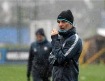 Trong cơn khủng hoảng, Inter vẫn tập luyện mặc trời mưa bão