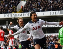 Bản tin BongDa ngày 1-5 | Thua sấp mặt Tottenham, Arsenal ngày càng xa top 4