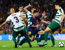 Barca 6-1 Eibar: 'Con quái vật' Lionel Messi!