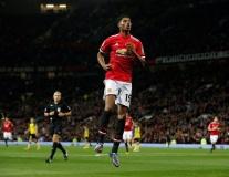 Man Utd 4-1 Burton Albion: Ngày của Rashford
