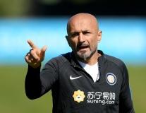 Dàn sao Inter căng thẳng tột độ nghe Spalletti chỉ đạo