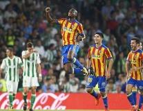 Real Betis 3-6 Valencia: Bầy dơi áp sát ngôi đầu