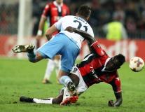 Nice 1-3 Lazio: Balotelli 'một mình chống mafia'