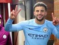 Man City hứng khởi thế này, hỏi sao Mourinho không phát cáu