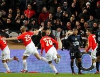 Monaco 2-2 Nice: Balotelli gọi, Falcao trả lời