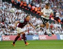 Chấm điểm Aston Villa: Terry không thể gánh được đồng đội