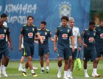 Brazil chuẩn bị cho trận chiến Serbia với nỗi lo mất 2 trụ cột
