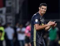 Chờ Ronaldo bực bội hết mức, Allegri mới chịu tung bài tủ vào sân