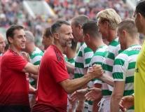 Scholes, Giggs và nhiều danh thủ Man Utd ra sân trong trận cầu ý nghĩa