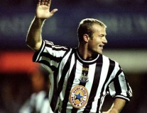 Aguero và Kane cần gì để đánh bật Shearer khỏi lịch sử Premier League?