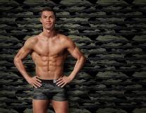 Ronaldo và những ngôi sao sở hữu thân hình chuẩn nhất làng bóng đá