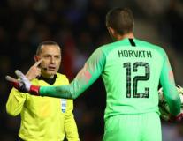 Hành động 'trẻ trâu', thủ môn tuyển Mỹ bị kẻ thù Man Utd giáo huấn