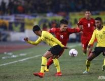 'Nhạc trưởng' Quang Hải xâu kim, kiến tạo và lừa cả hàng thủ Malaysia