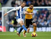 10 cầu thủ 'chơi bẩn' nhất Premier League mùa 2018/19: Tiền đạo Arsenal góp mặt