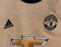 CĐV Man Utd 'nóng mắt' vì áo phụ của Quỷ Đỏ