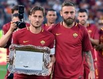 SỐC: Chỉ sau 3 năm, AS Roma thanh lý 19 thành viên đội 1