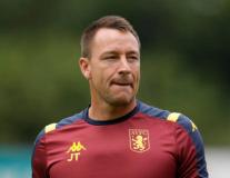Chỉ là trợ lý HLV nhưng Terry ăn đứt Lampard về điều này