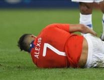 'Thảm họa' lên bàn mổ, Man Utd như 'ngồi trên đống lửa'