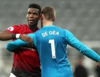Không De Gea & Pogba, M.U dùng đội hình nào đấu Liverpool?