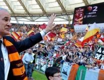 Claudio Ranieri tròn 68 tuổi: Số phận lại trêu đùa 'Gã thợ hàn'