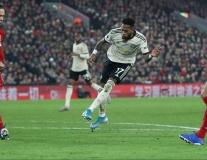 Cái tên mà Mourinho ruồng rẫy giờ là cứu tinh của Man Utd