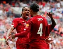 Thay thế 'huyền thoại sống' Thiago Silva, PSG đưa trung vệ Liverpool vào tầm ngắm
