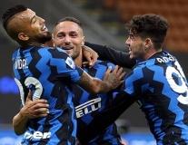Rượt đuổi siêu kịch tính, Inter giành 3 điểm hú vía ở trận cầu 7 bàn