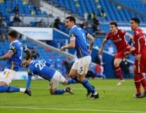 Diogo Jota đi bóng như Messi, Liverpool vẫn 'bất lực' trước thần may mắn