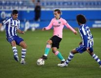 Griezmann lập công, cứu Barca khỏi trận thua trước 'nhược tiểu'