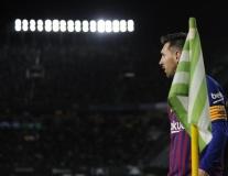 MU hãy coi chừng, Messi thế này làm sao ngăn cản