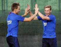 Bỏ sau lưng bất ổn hàng tiền đạo, Barca trở lại diện mạo quen thuộc