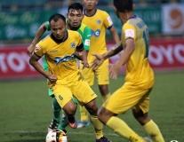Đánh bại Cần Thơ, FLC Thanh Hóa đòi lại ngôi đầu bảng