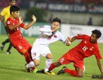 Dư âm ĐT Việt Nam 0-0 Myanmar: Công Phượng, Quang Hải ăn món 'mì kẹp thịt' trên sân Thuwanna