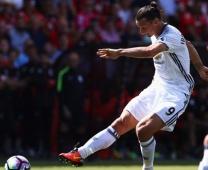 Thi đấu chói sáng, Ibrahimovic được Mourinho trọng thưởng