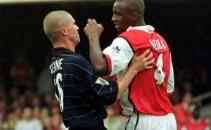 Bạo lực và thẻ phạt ở cuộc đối đầu Arsenal và Manchester United