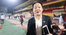 """Bầu Hiển """"dọa"""" phạt Hà Nội FC vì tội khinh địch"""